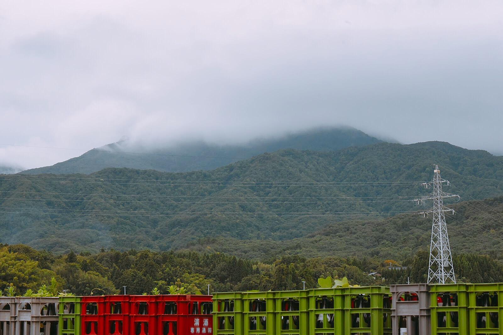 あいにくの曇り空でしたが、綺麗な山肌でした