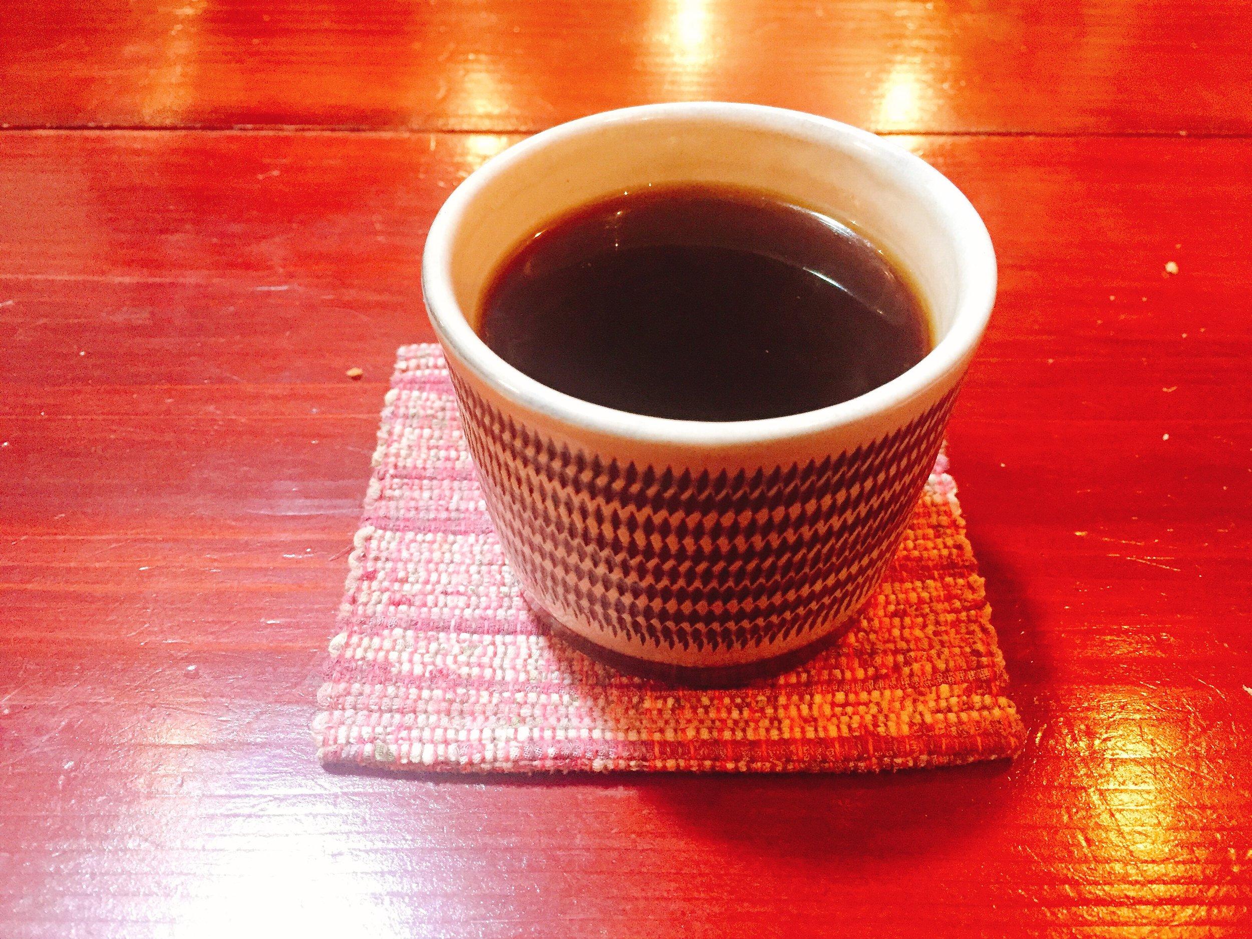 デザートと相性抜群の「深浦コーヒー」