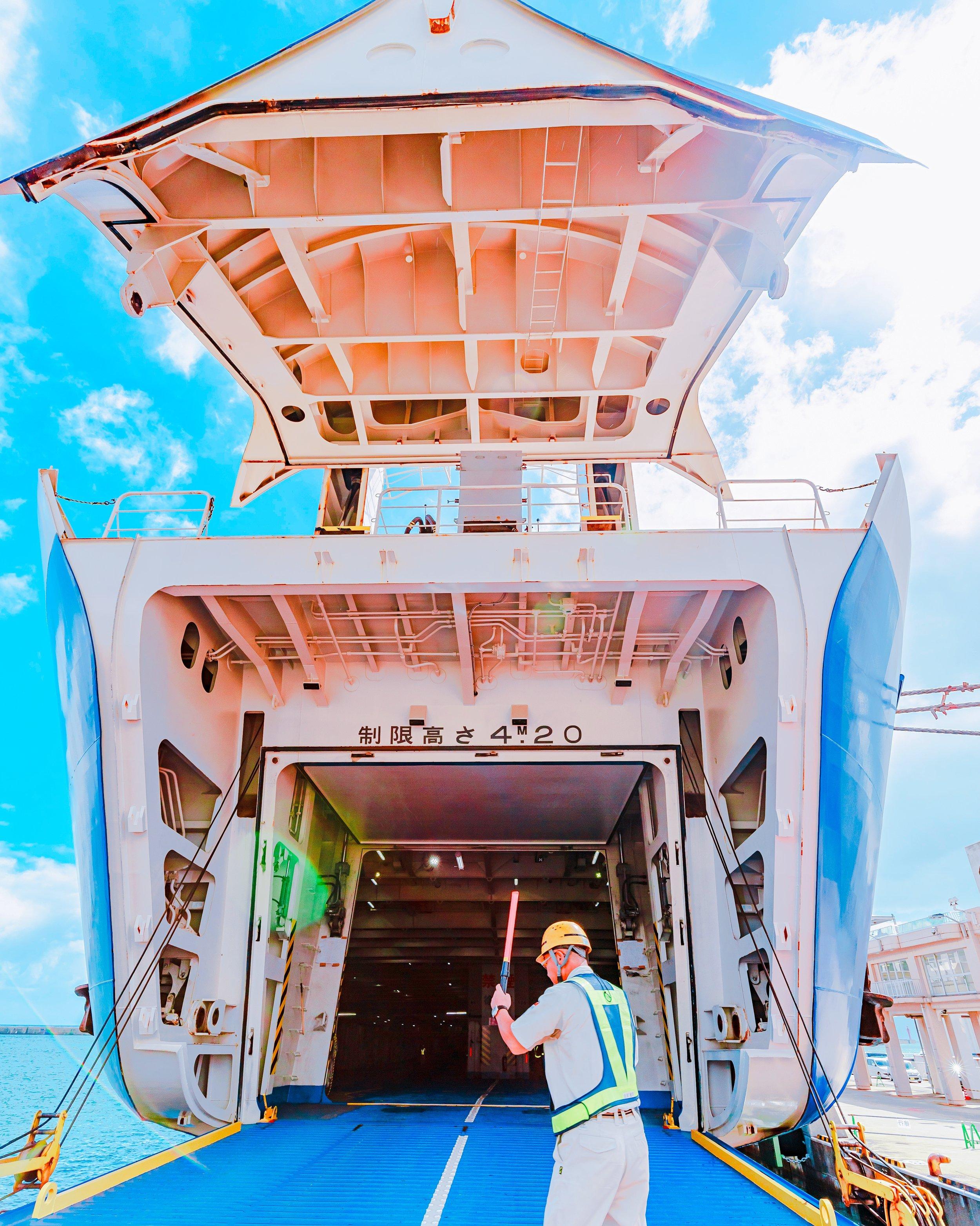 ときわ丸に車で乗船中 -Instagramフォトコンテスト受賞作品