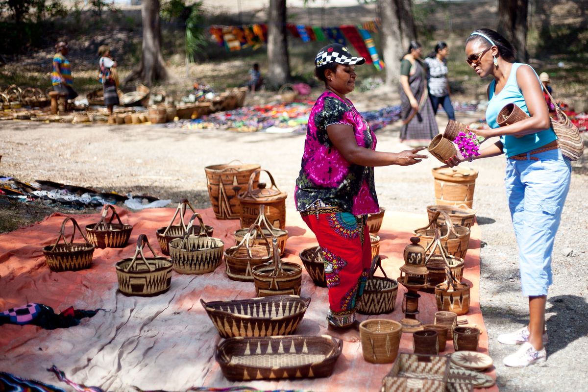 Papua New Guinea City Craft Market