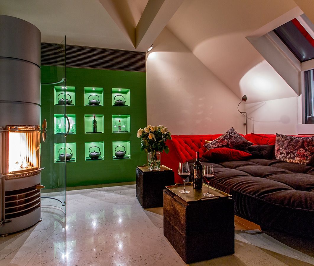 House of Time Boutique Hotel in Vienna, Love Boat in Saigon Suite - Living Area