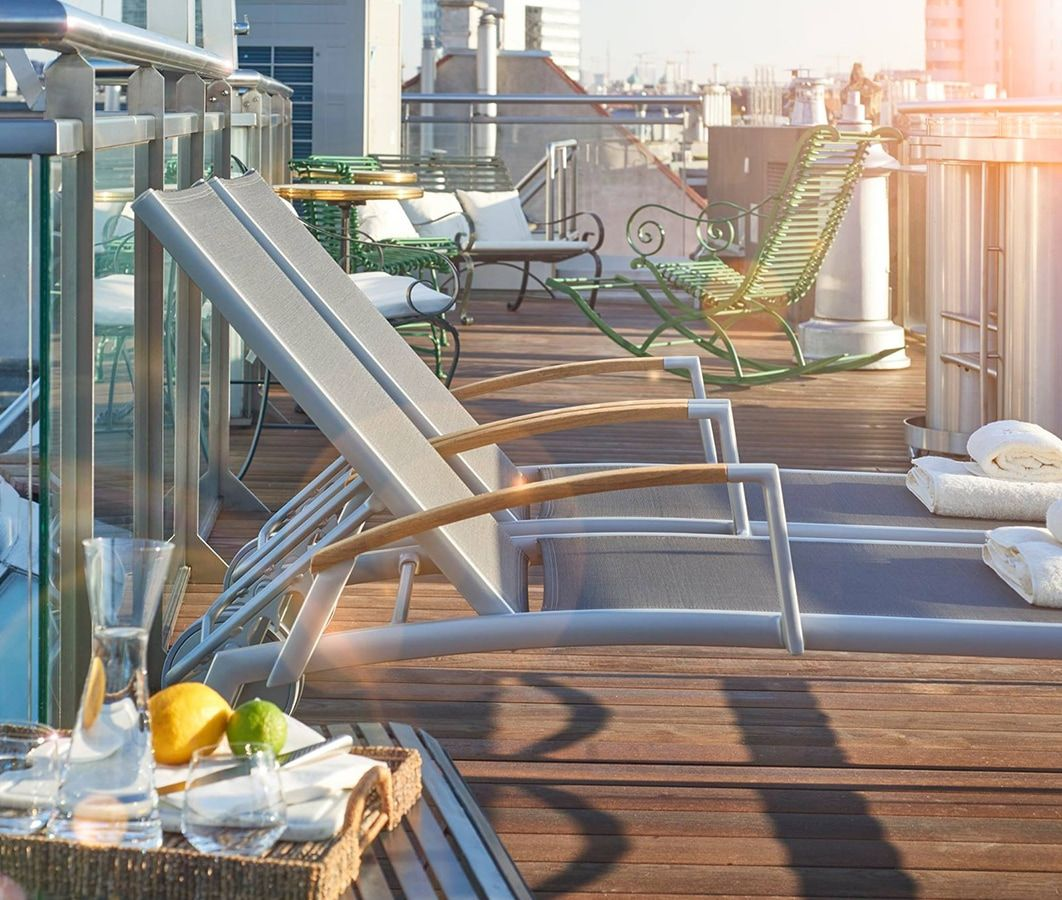 House of Time Boutique Hotel in Vienna, Love Boat in Saigon Suite - Rooftop Terrace