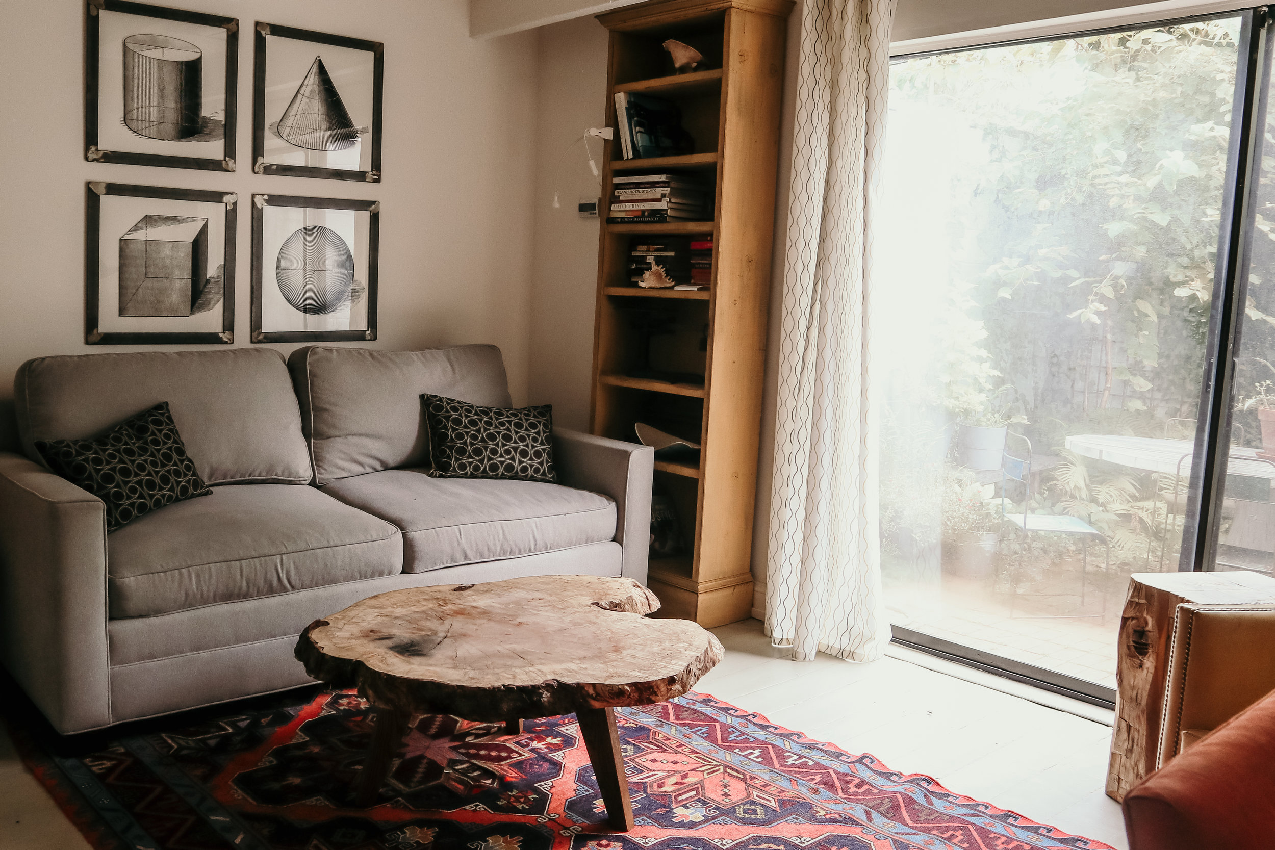 10K Dollar Day's Airbnb choice for Philadelphia City Center - photo by Ash Burns
