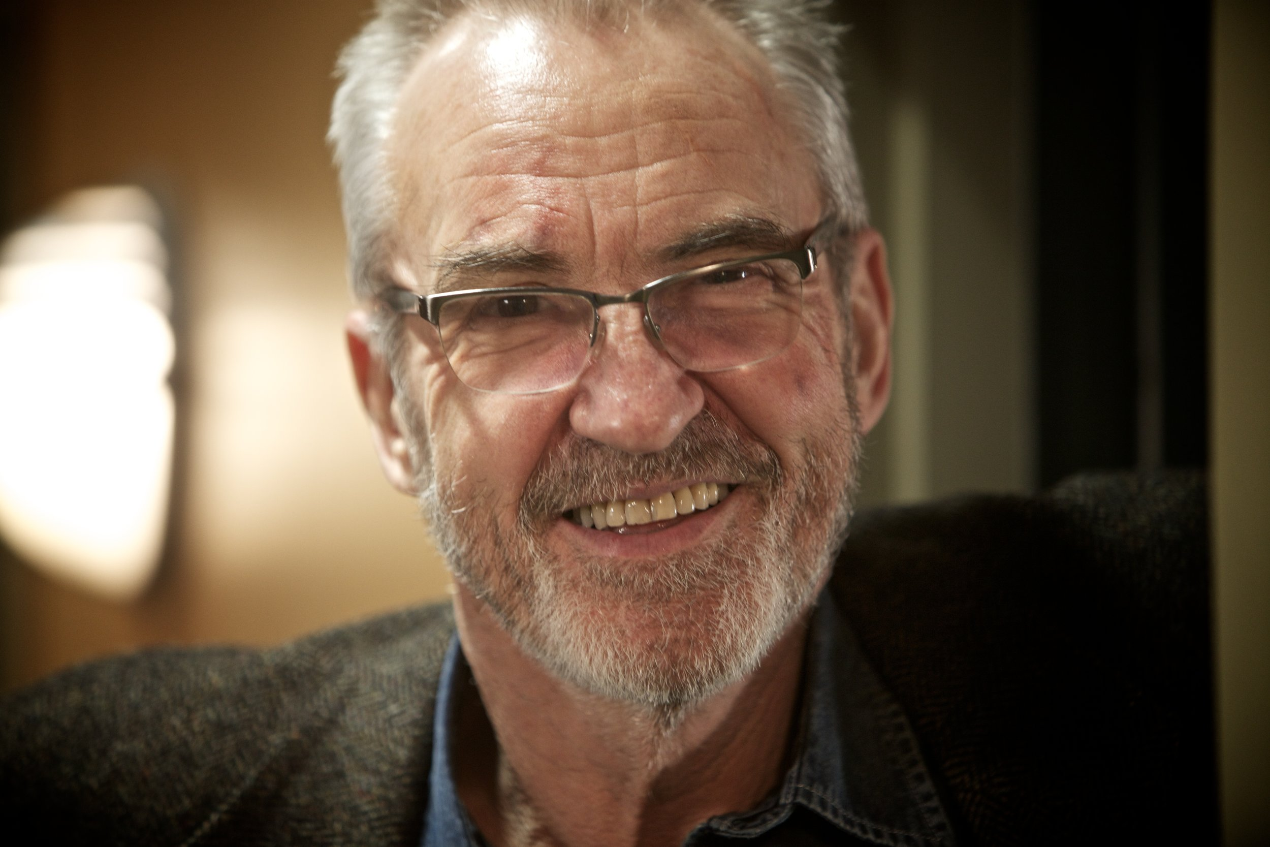 Larry Lamb (Actor)
