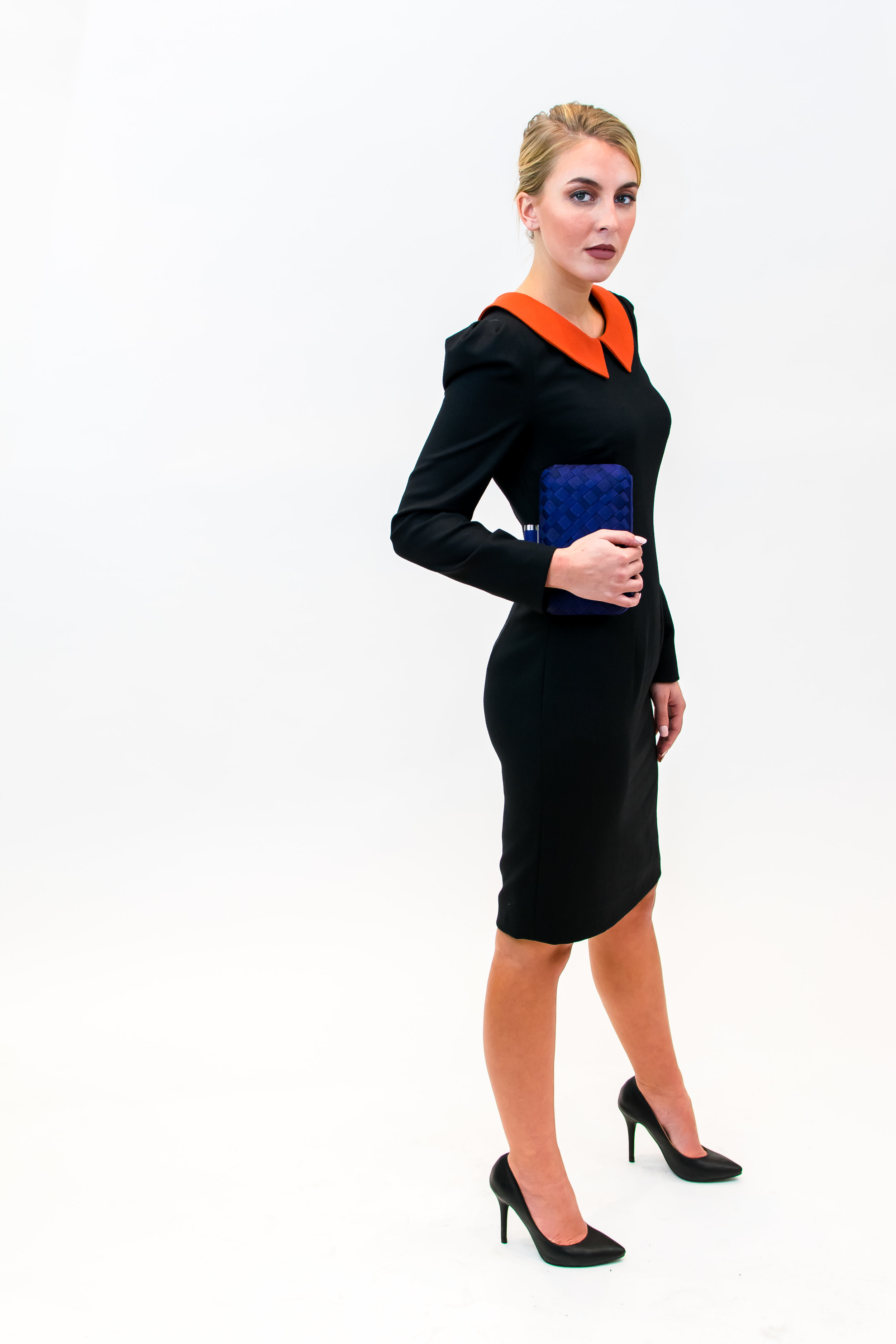 Long sleeve dress with Peter Pan collar