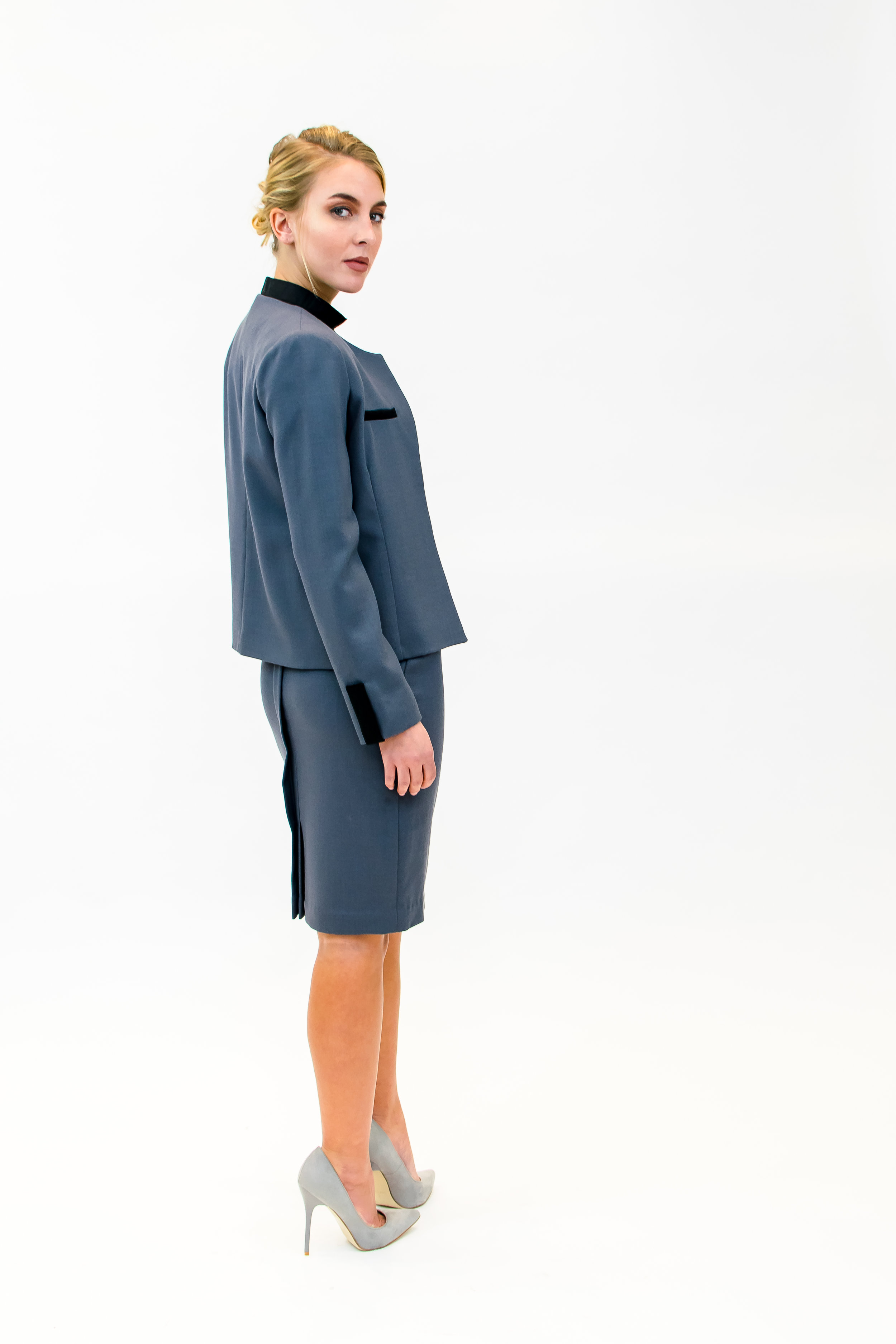 Jacket with welts & skirt with back pleat