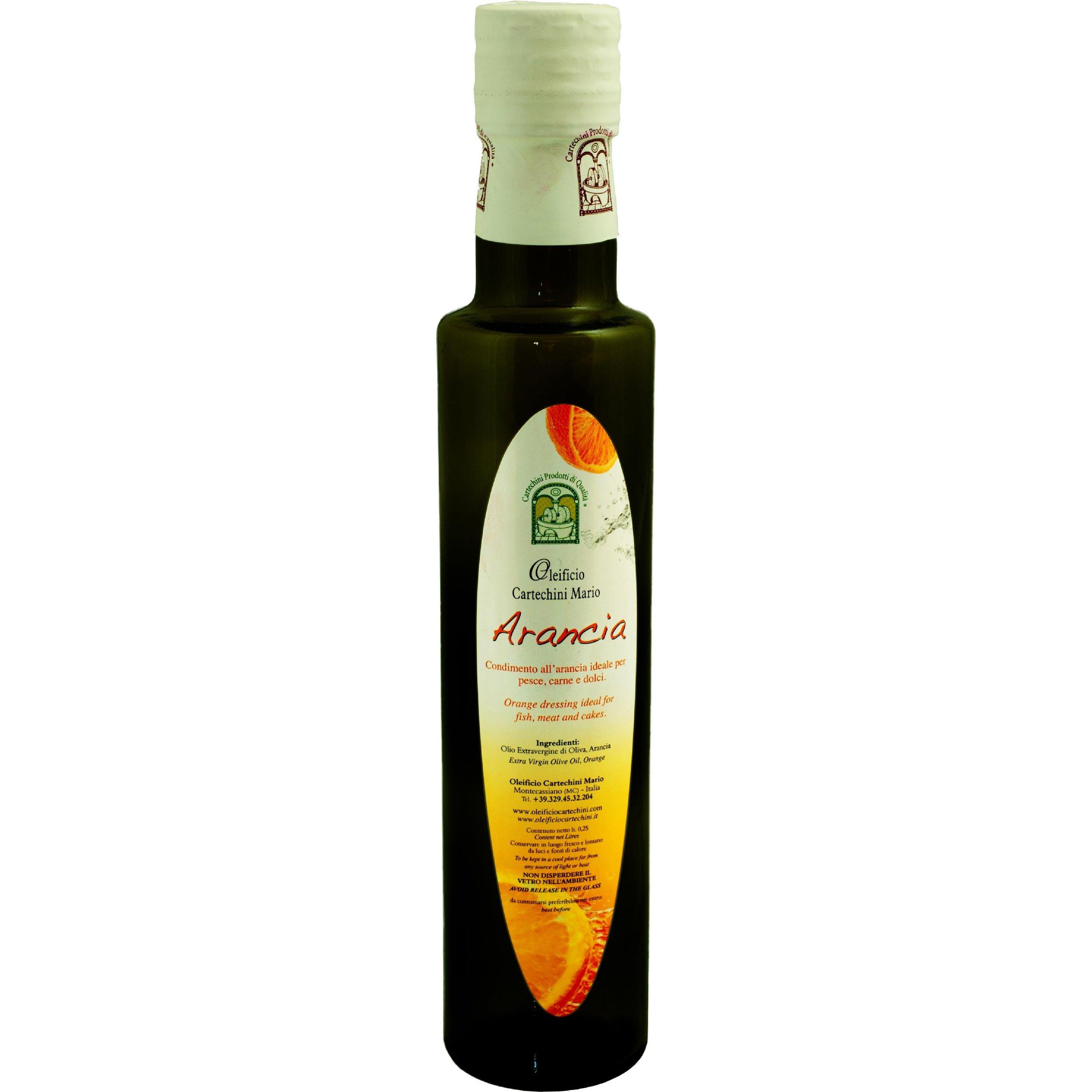 OLIO EVO ALL'ARANCIA - Per aromatizzare in maniera naturale, salutare e originale i tuoi piatti scopri lo sfizioso Olio extravergine d'oliva aromatizzato all'Arancio.Nessun aroma chimico, SOLO AROMI NATURALI E FRUTTA BIO spremuti meccanicamente a freddo insieme alle olive, per un pieno di sapore e salute. le Arance provengono da coltivazioni Bio della Sicilia.CARATTERISTICHE DEL PRODOTTOPeriodo di raccolta: da fine NovembreMetodo di lavorazione: estrazione meccanica di olive insieme alle Arance( di sicilia non trattate) senza processi di raffinazioneConservazione: in serbatoi a Temperatura controllata tra 15°C e 18°CCultivar: blend di Frantoio, Orbetana, Mignola, Raggia, CoroncinaAspetto: colore Verde chiaro tendente al giallo paglierinoFruttato: Medio-LeggeroGusto: di Arancio, pratico, delicato, e non persistente nell'alito