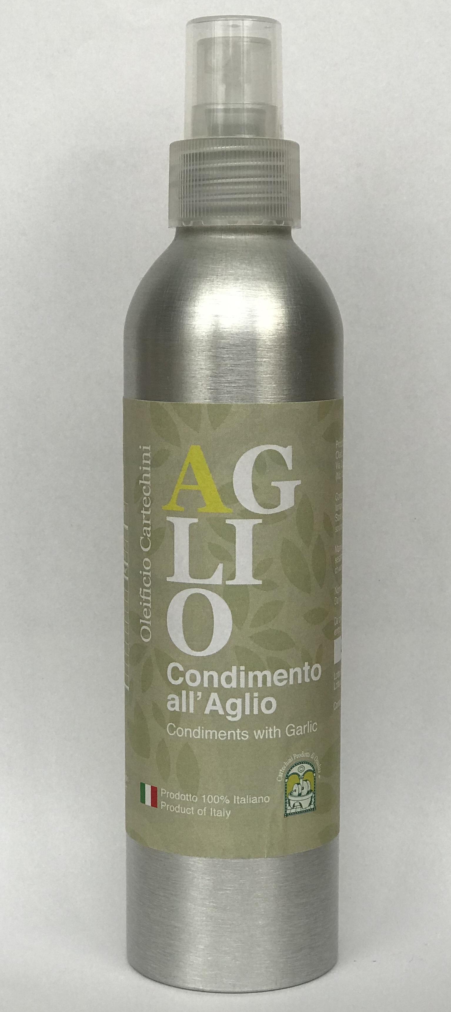 Condimento all'AGLIO - SPRAY - DESCRIZIONE PRODOTTOPer aromatizzare in maniera naturale, salutare e originale i tuoi piatti, scopri lo sfizioso Olio Extravergine d'Oliva aromatizzato all'Aglio. Nessun aroma chimico, SOLO AROMI NATURALI E FRUTTA BIO spremuti meccanicamente a freddo insieme alle olive, per un pieno di salute e sapore. Gli Agli provengono direttamente dall' Orto della Nonna.CARATTERISTICHE DEL PRODOTTOPeriodo di raccolta: da Fine NovembreMetodo di Lavorazione: Estrazione meccanica di olive insieme a Limoni (di sicilia non trattati) senza processi di raffinazioneConservazione: In serbatoi a Temperatura controllata tra 15°C e 18°CCultivar: Blend di Frantoio, Orbetana, Mignola, Raggia, CoroncinaAspetto: colore Verde chiaro tendente al giallo paglierinoFruttato: Medio-LeggeroGusto: di Aglio, pratico, delicato e non persistente nell'alito.CONTENITORE SPRAY INNOVATIVO