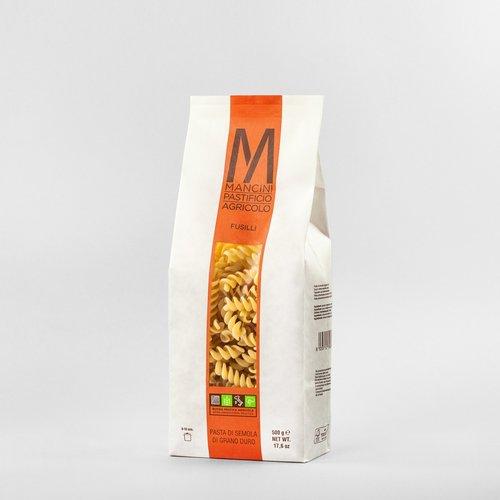 FUSILLI - La nostra pasta è prodotta da grano duro prodotto direttamente dalla nostra azienda. Gli unici ingredienti sono la semola e l'acqua, trafiliamo la nostra pasta al bronzo e la lasciamo seccare ad una temperatura di 44°C, e la pasta corta è lasciata asciugare per 20 ore. I Fusilli hanno un diametro di 12mm ed una lunghezza di 40mm. Il tempo di cottura ideale è tra i 7 e i 9 minuti.
