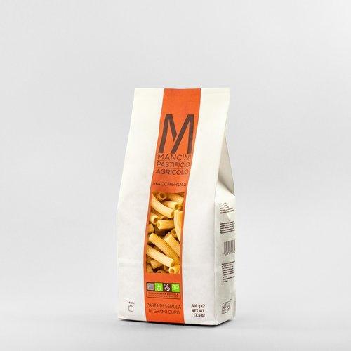 MACCHERONI - La nostra pasta è prodotta da grano duro prodotto direttamente dalla nostra azienda. Gli unici ingredienti sono la semola e l'acqua, trafiliamo la nostra pasta al bronzo e la lasciamo seccare ad una temperatura di 44°C, e la pasta corta è lasciata asciugare per 20 ore. I Maccheroni hanno lunghezza di 40mm ed una larghezza di 12mm. Il tempo di cottura ideale è tra i 7 e i 9 minuti.