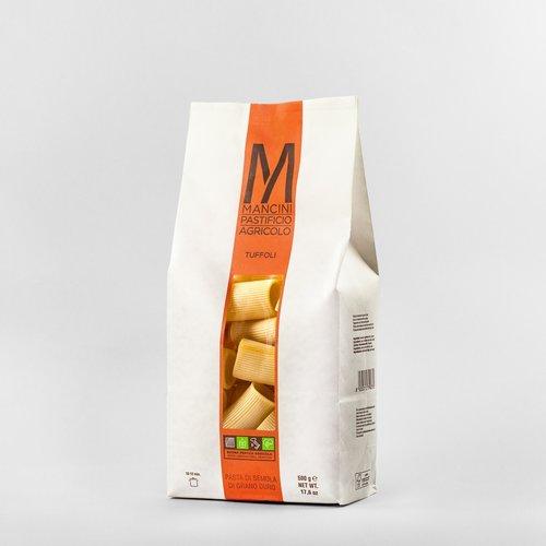 TUFFOLI - La nostra pasta è prodotta da grano duro prodotto direttamente dalla nostra azienda. Gli unici ingredienti sono la semola e l'acqua, trafiliamo la nostra pasta al bronzo e la lasciamo seccare ad una temperatura di 44°C, e la pasta corta è lasciata asciugare per 20 ore. I Tuffoli hanno un diametro di 26.7 mm ed una lunghezza di 45mm. Il tempo di cottura ideale è tra gli 8 e i 10 minuti.