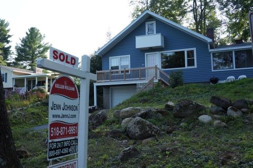 lake house for sale.jpg