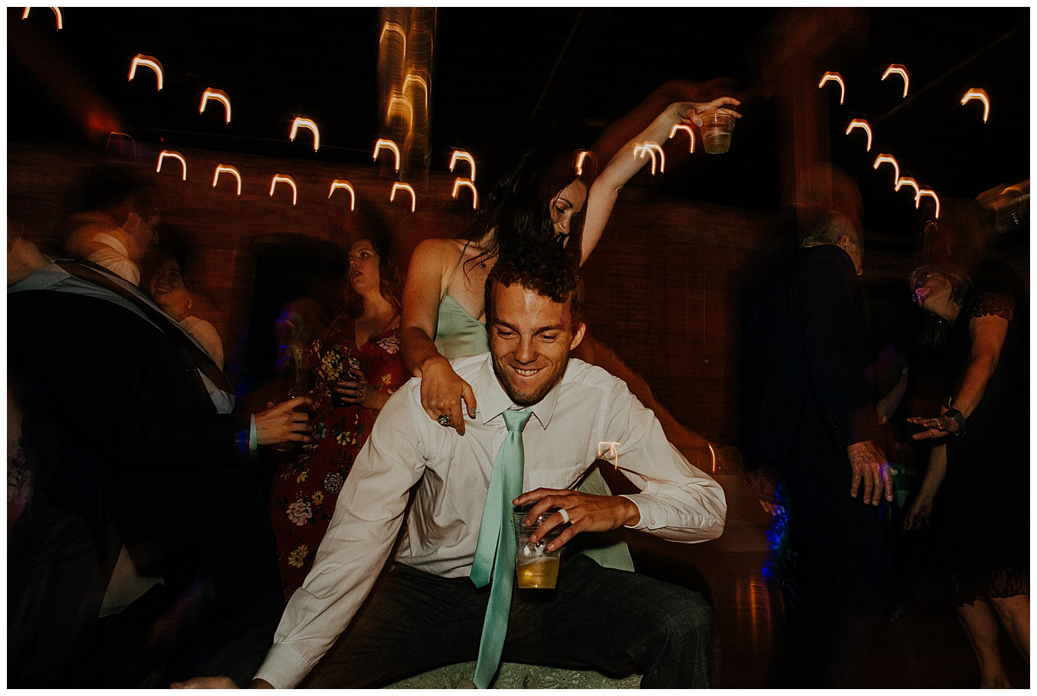 be-the-best-wedding-guest-ever_0000.jpg