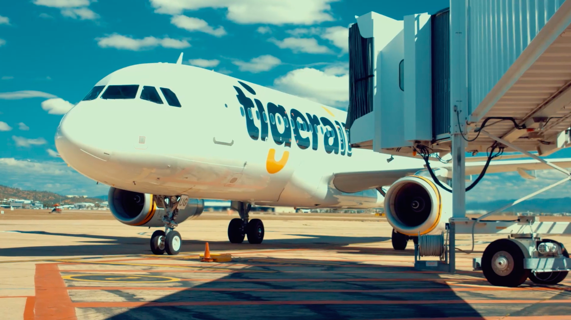 Tigerair - Tigerair Australia wanted to drive awareness of their new Melbourne to Townsville direct route.We produced a social video and editorial campaign which resulted in over 600,000 video views and reached over 12 million Australians.Tigerair quotes this partnership as one of their most successful social campaigns to date in the Australian market.My involvement: Campaign ideation and development & content production.