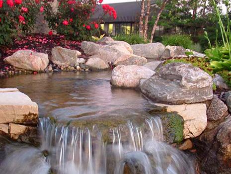 Water-features,-fallsstreams-slider.jpg