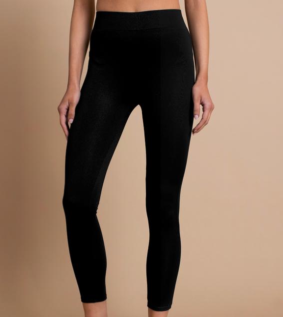 Black leggings -
