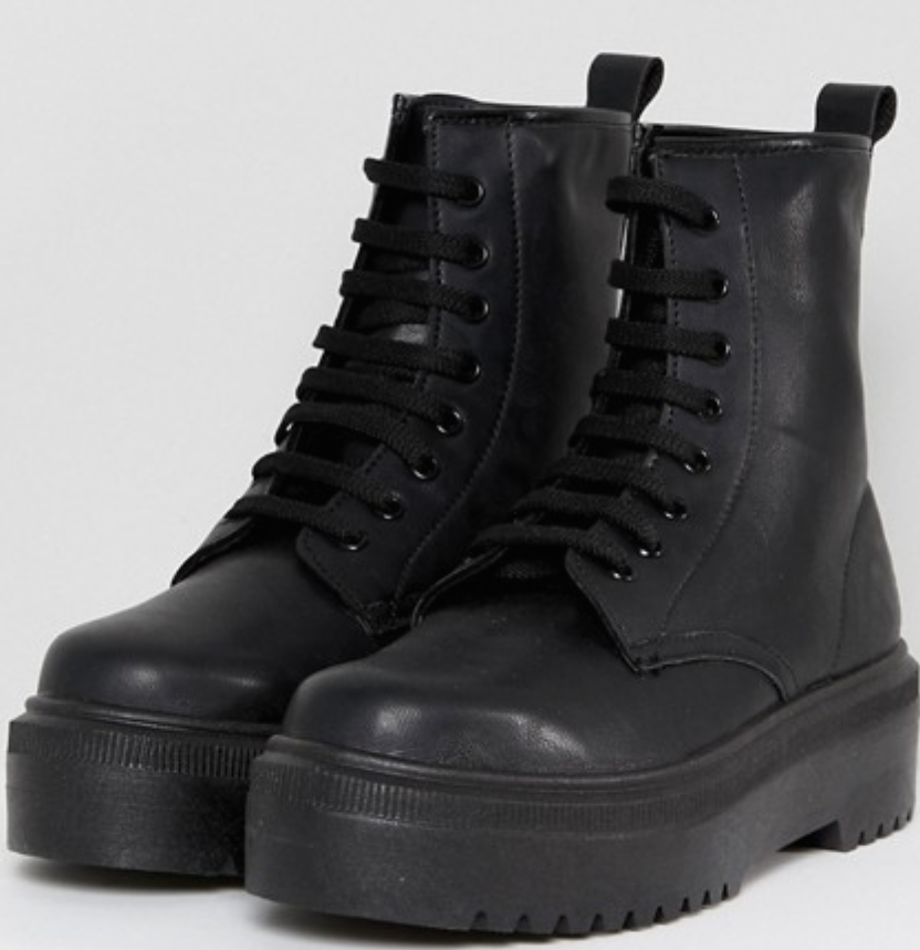 Black boots -