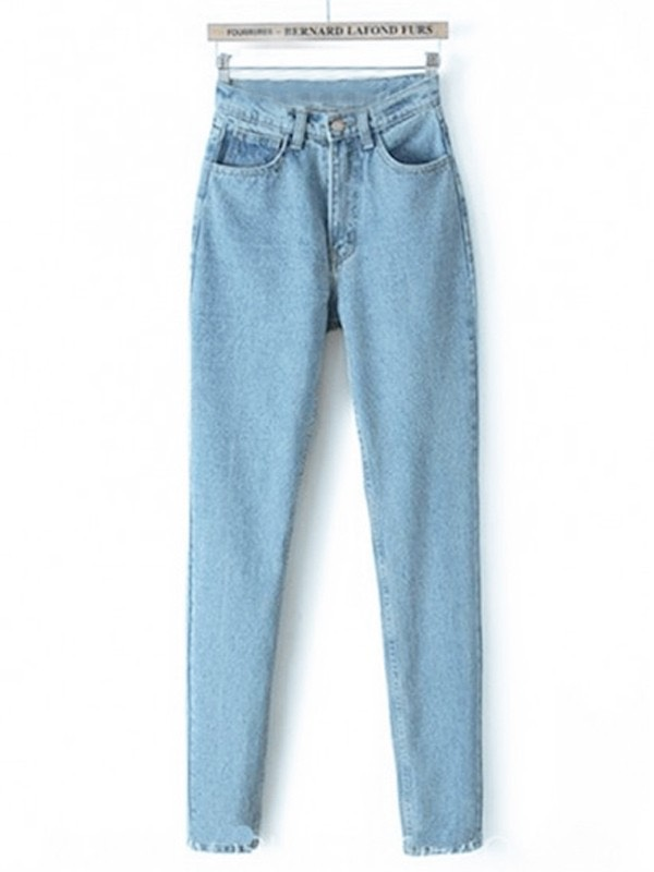 Dupe of the week: mom jeans - Mom jeans is a slang term for high-waisted jeans. In the 1990's and early 2000's 'mom jeans' were primarily worn by women in their 30's and 40's— hence the name