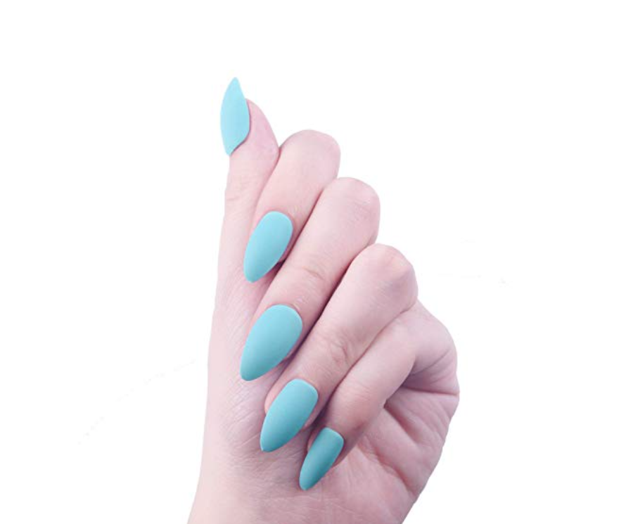 Baby blue press-on nails -