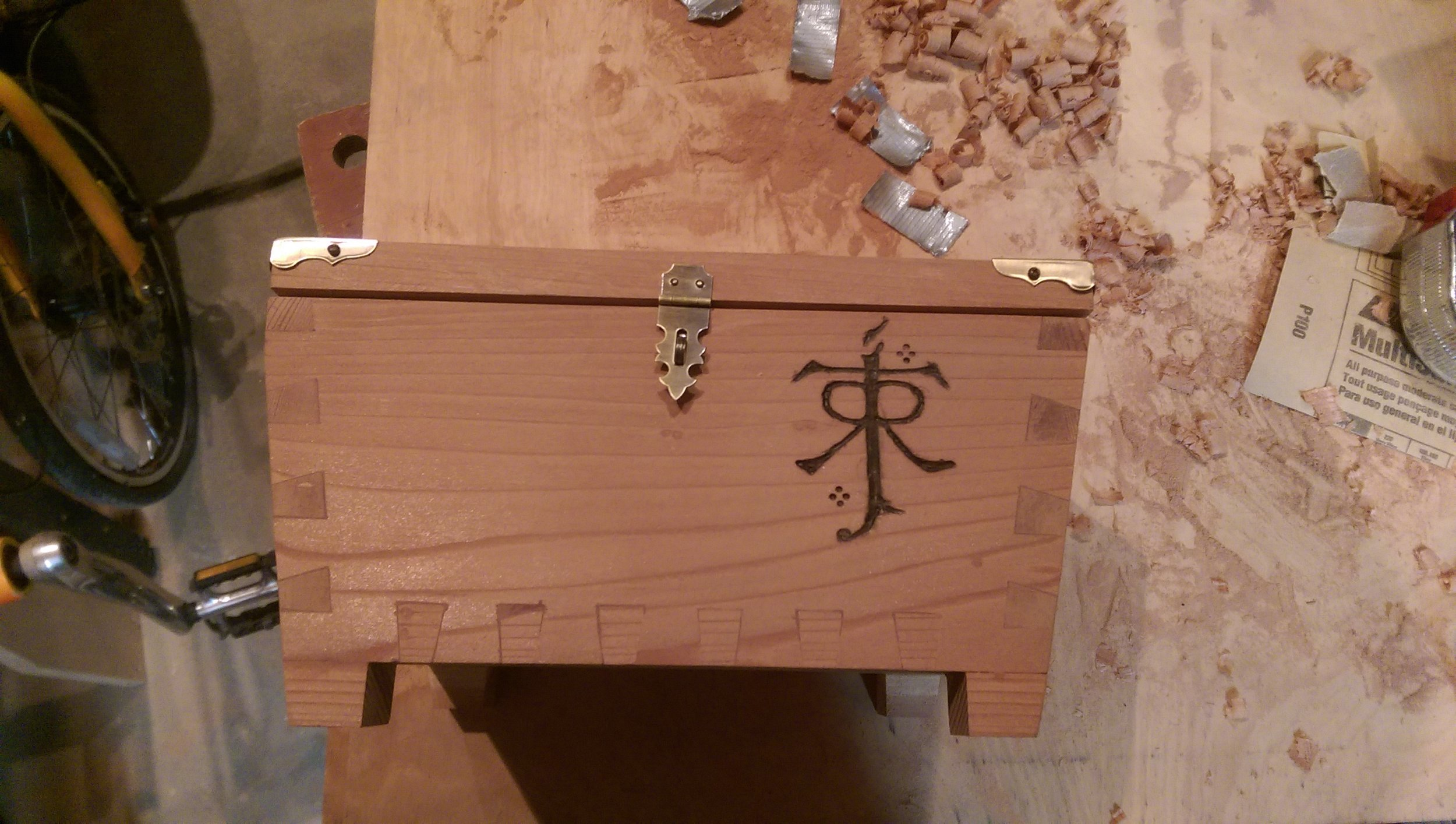 Here's the box with the emblem completed