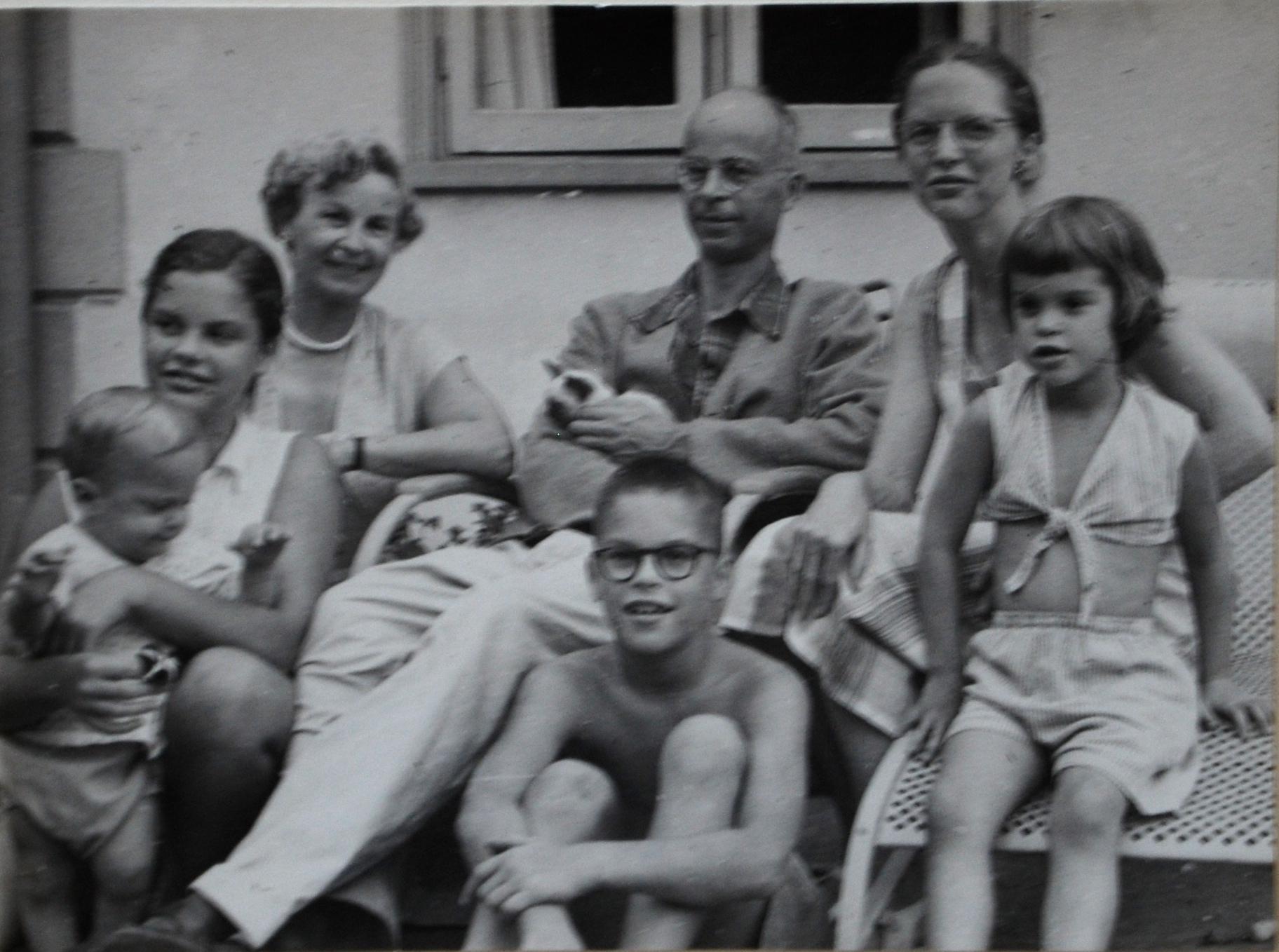 GA Photo Family with Ruth DSC_1863.JPG