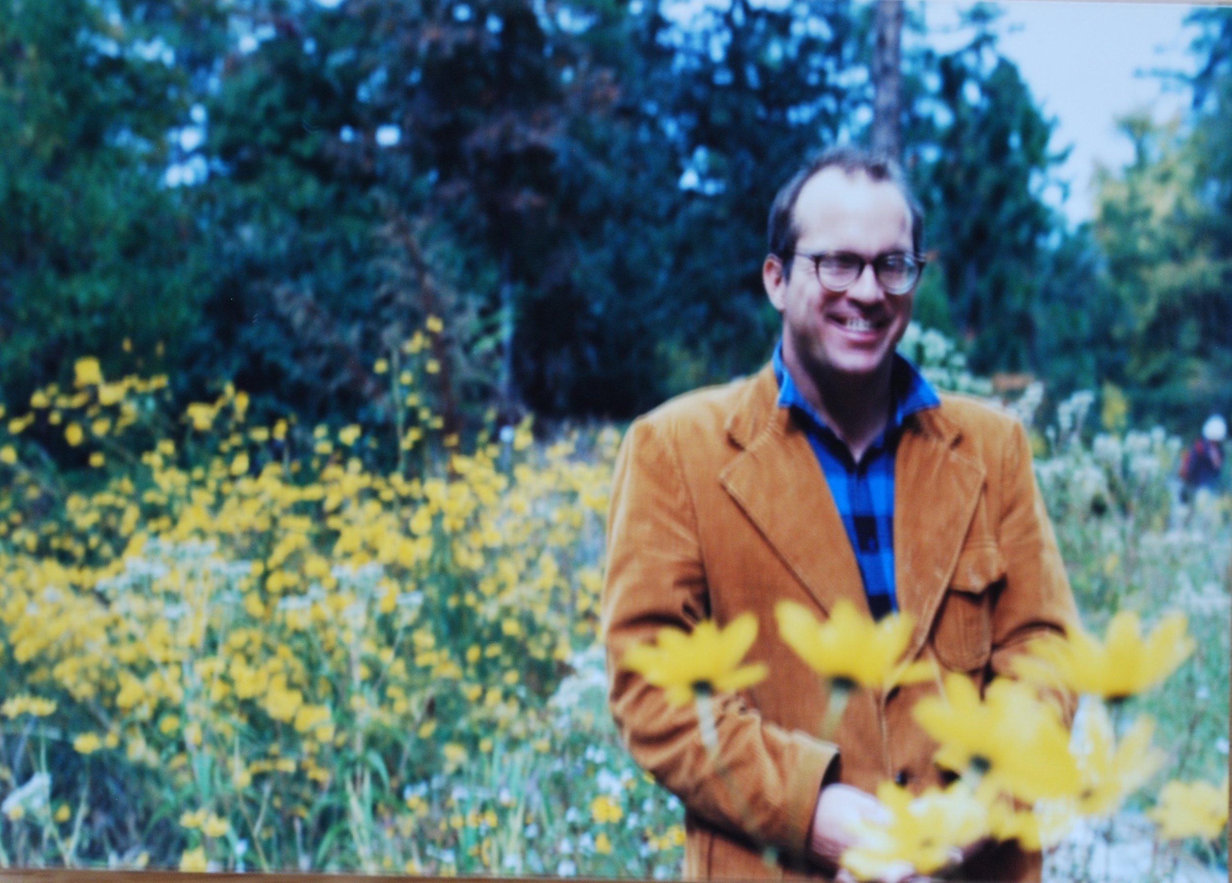 GA Photo Gene with Daisies DSC_1899.JPG