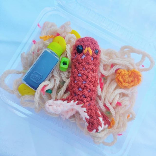 Sad Octo Yakisoba Bento 🍱. Right now I am travelling, so shop is closed 💖. But if you'd like to buy me a ko-fi & help me save for a computer, that would be awesome! Link in Bio 😋.