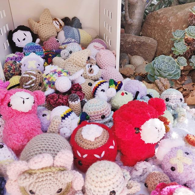 Just incase you were wondering what a crate filled with cuties looks like 😘. Currently going HAM 🍖 on prepping for #CRX ✨. Everything left over will be on the website right after 🥰. (I still have to fill atleast one more crate, send help 🤣) - - #amigurumi #amigurumidoll #amigurumilove #crochet #crochetersofinstagram #crocheteveryday #crochetaddict #crochetlover #maker #makersgonnamake #makersmovement #yarn #yarnlove #pokemon #squirtle #charmander #color #colorful #rainbow #stuffedanimal #cozy #yarncircus