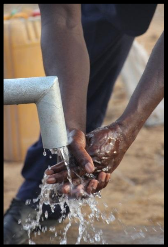 Chad-Africa-clean-water-well-06.png