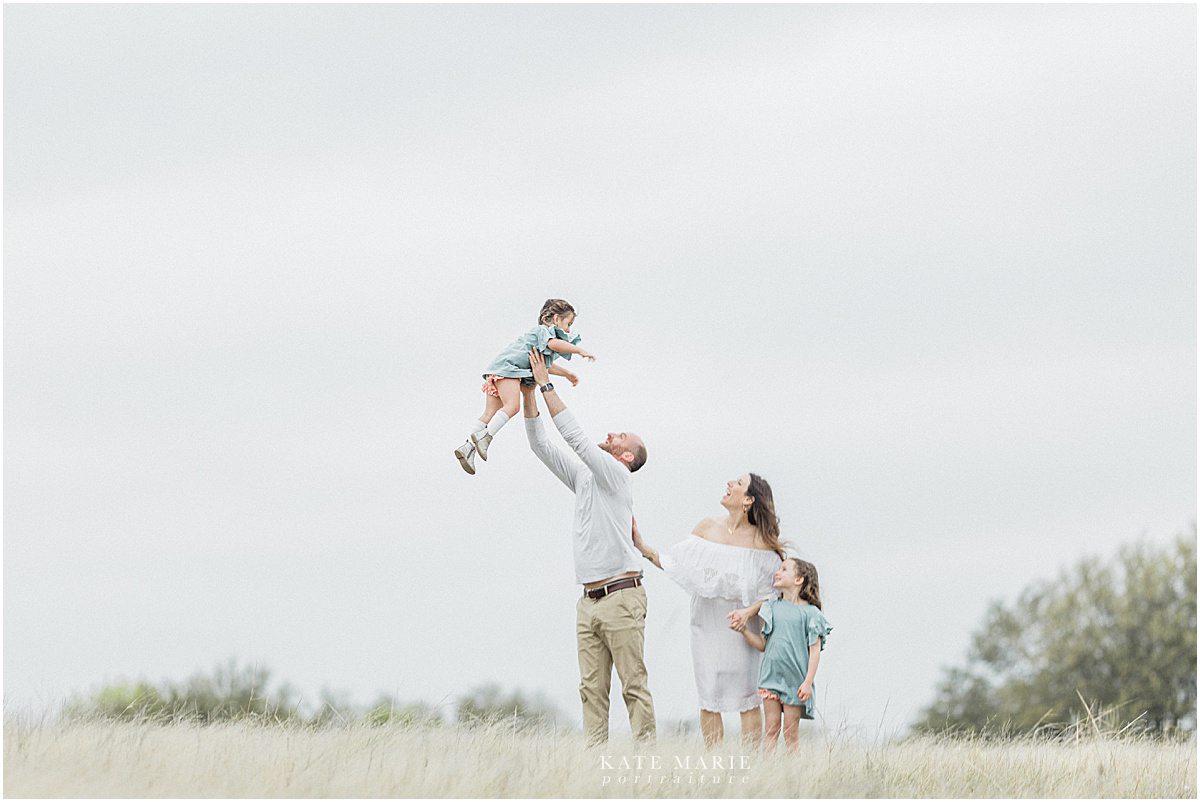 Dallas_Family_Photographer_Flower_Mound_Photographer kate Marie portraiture_LM_1.jpg