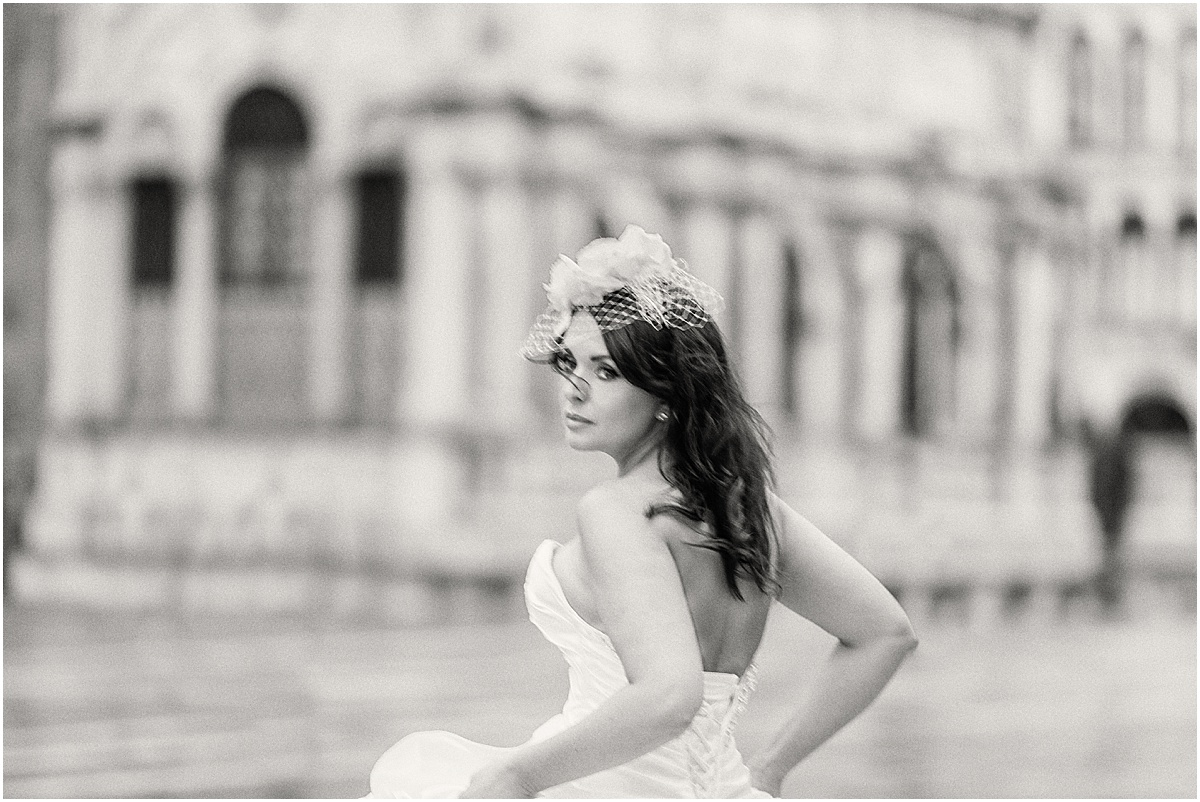 Bride running in Venice Italy Piazza San Marco Kate Marie Portraiture.jpg