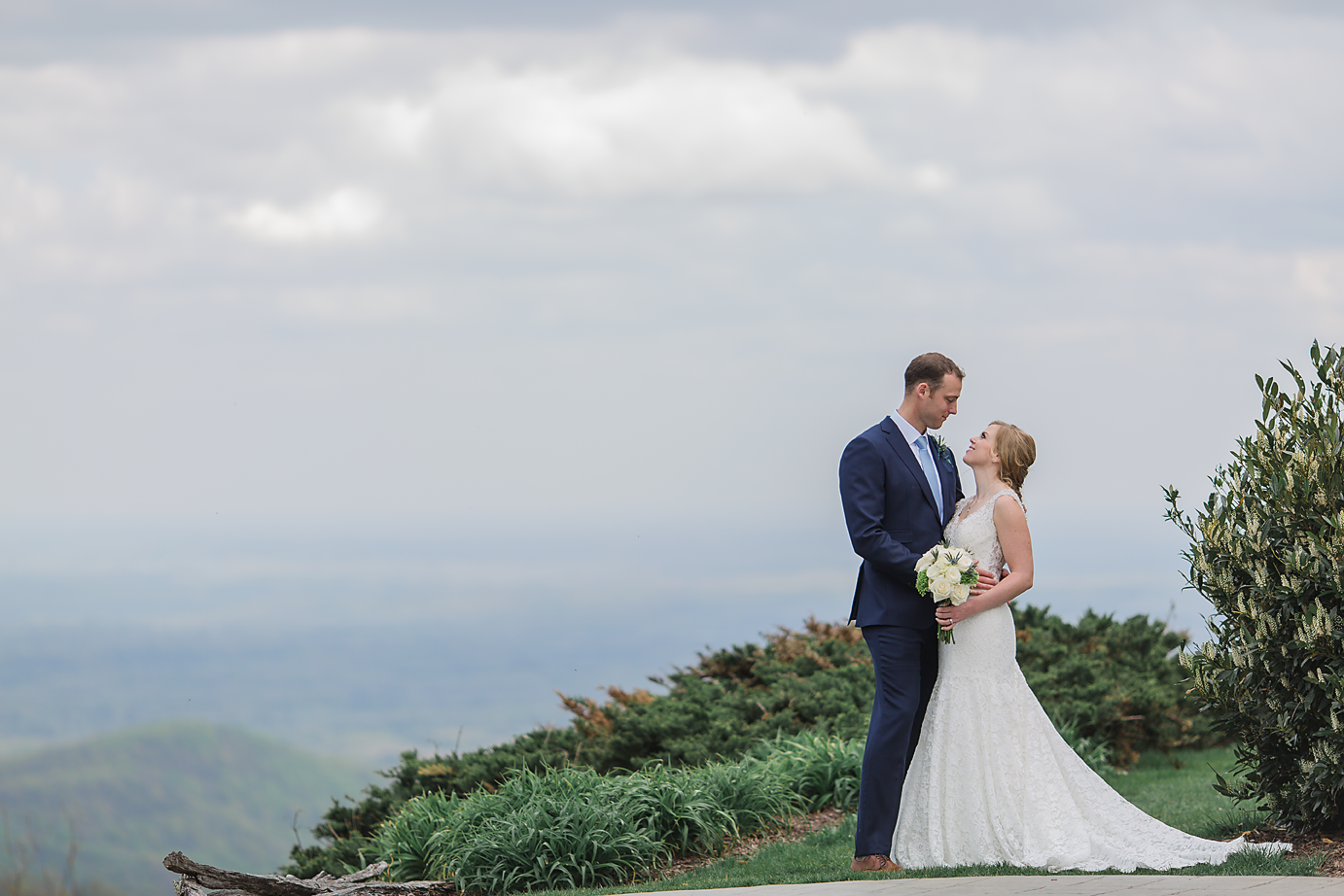 Dallas Wedding Photographer Glassy Mountain Chapel Greenville South Carolina scottish wedding bride and groom romantic mountain top kate marie portraiture.png