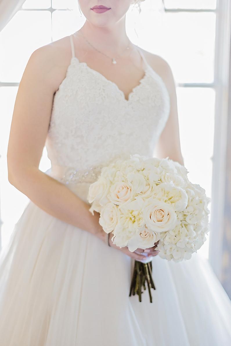 Dallas Wedding photographer Rustic Grace Estate bridal portrait white bouquet Kate Marie Portraiture.png