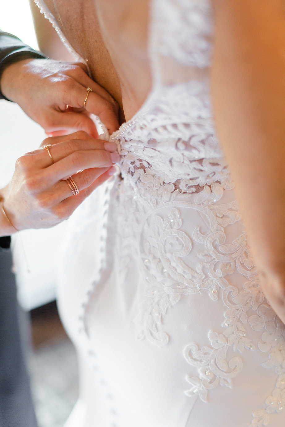 Dallas Wedding photography Las Colinas Country Club bride getting dressed Kate Marie Portraiture.png