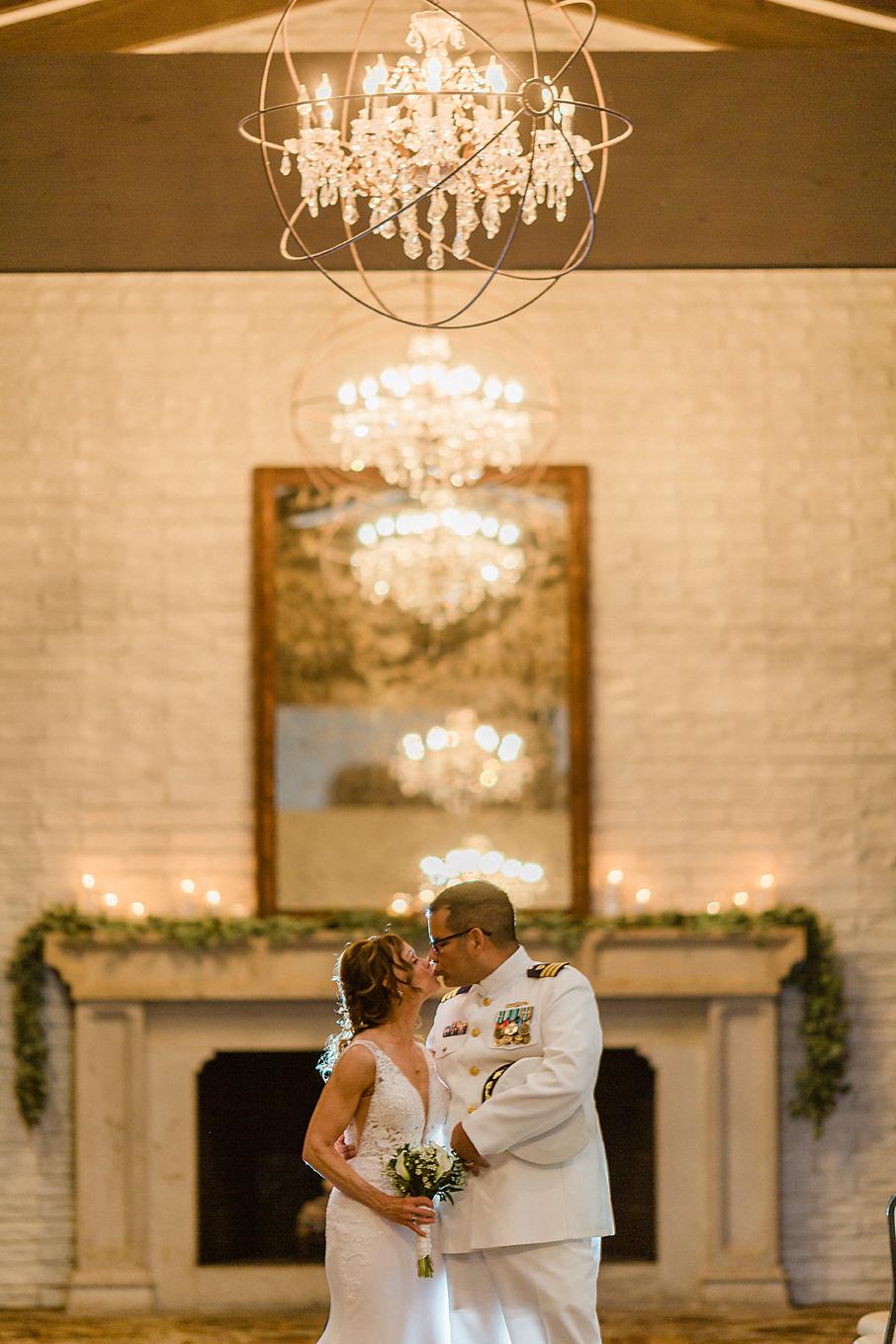 Dallas Wedding photographer Las Colinas Country Club bride groom romantic portrait Kate Marie Portraiture 2.png