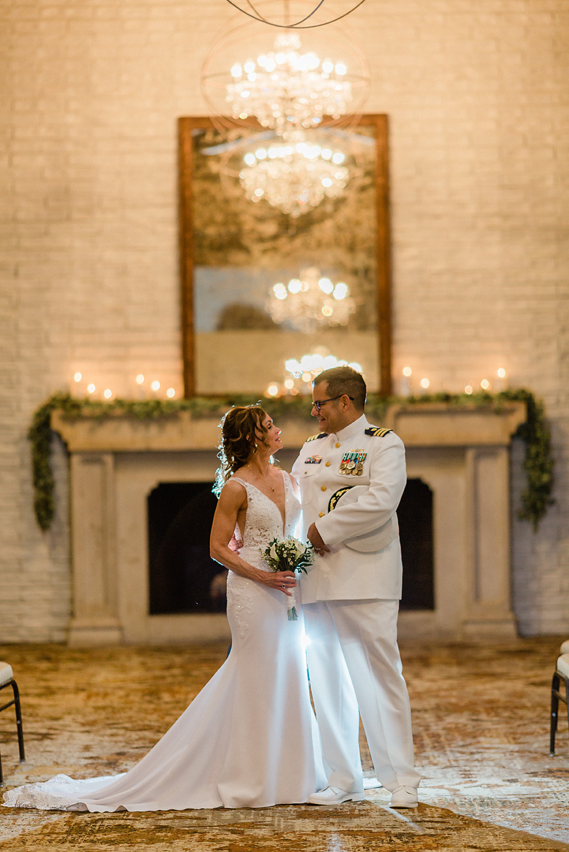 Dallas Wedding photography Las Colinas Country Club bride groom romantic portrait Kate Marie Portraiture.png