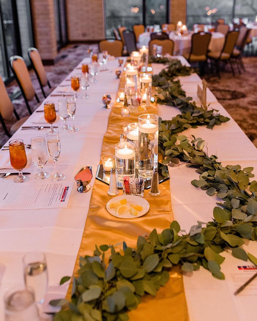45+Dallas+Wedding+photography+Las+Colinas+Country+Club+head+table+decor+Kate+Marie+Portraiture.jpg