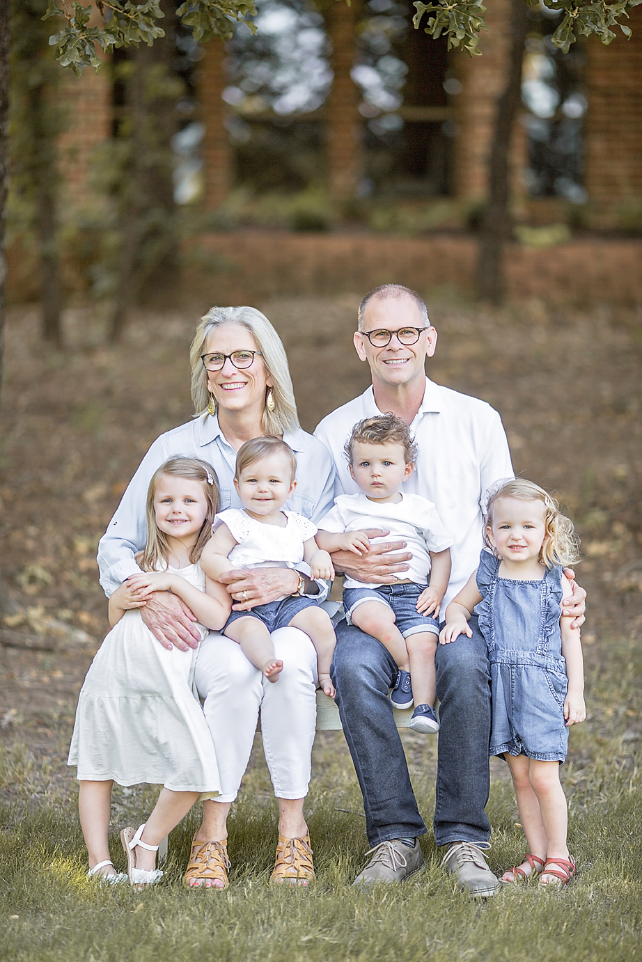Dallas Family Photographer Flower Mound Photography Miller Extended Family kate marie portraiture 1.png
