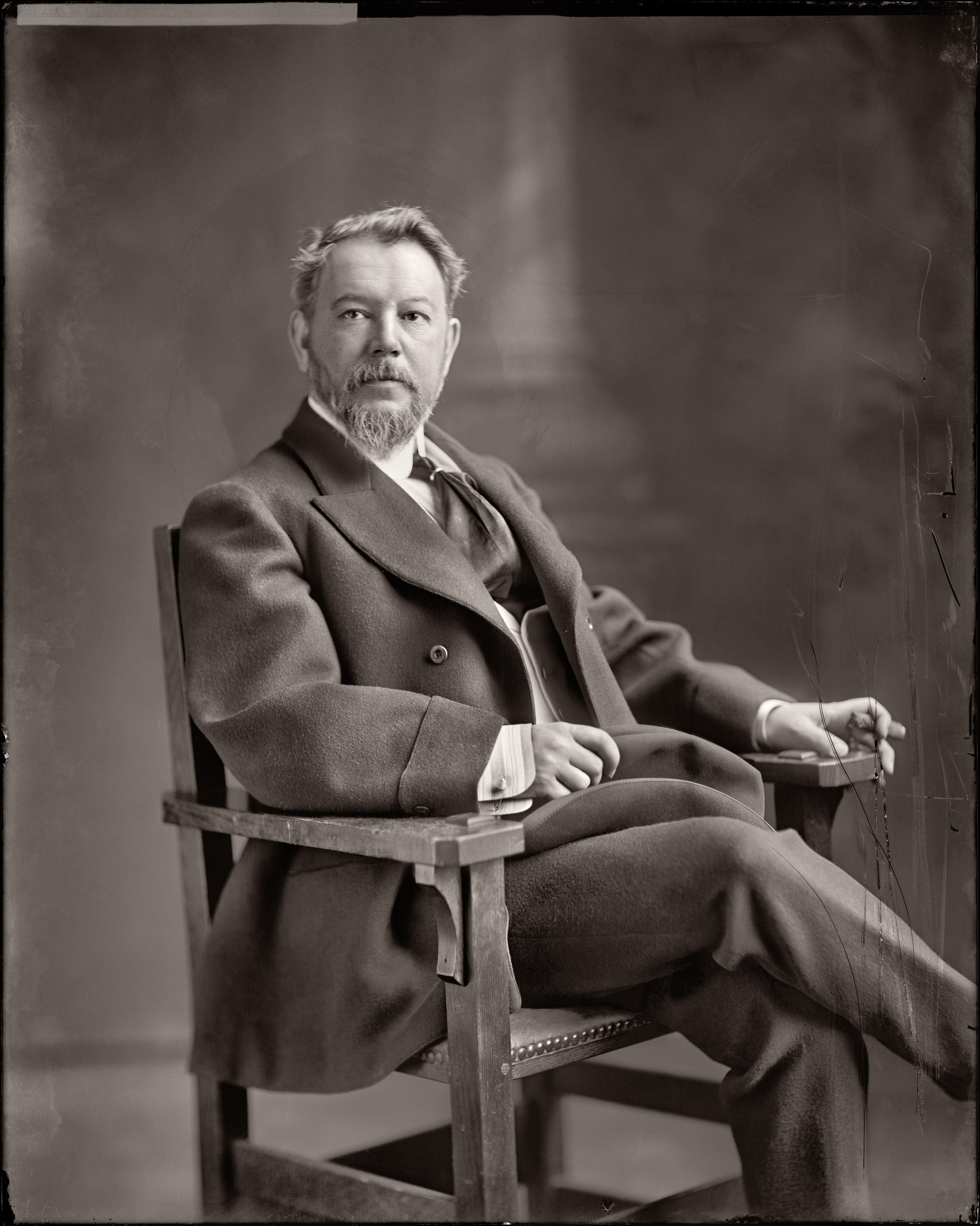 Retrato Sorolla-1905circa-Harris & Ewing photographer-EEUU-16284u NIV RET IMP.jpg