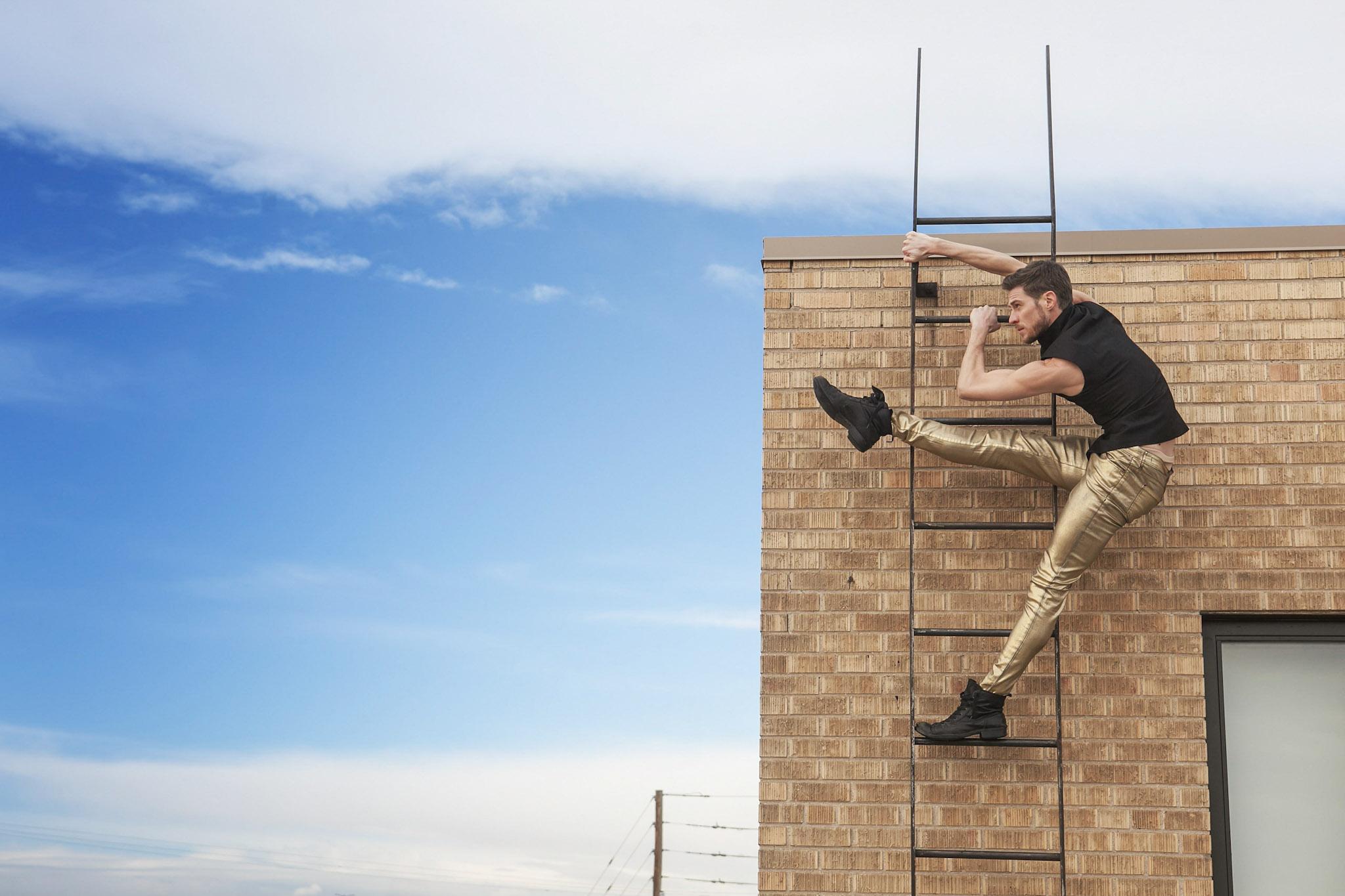 Denver-Photo-Studio-For-Rent-Colorado-Rental-Photography-Studio-Photographer-Studio-for-Rent-Denver-Skyline-Rooftop-Dance-Portraits-Kokoro-Photography