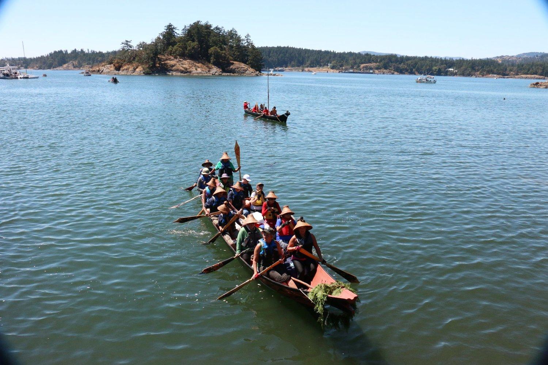 Sk'lallam Canoe