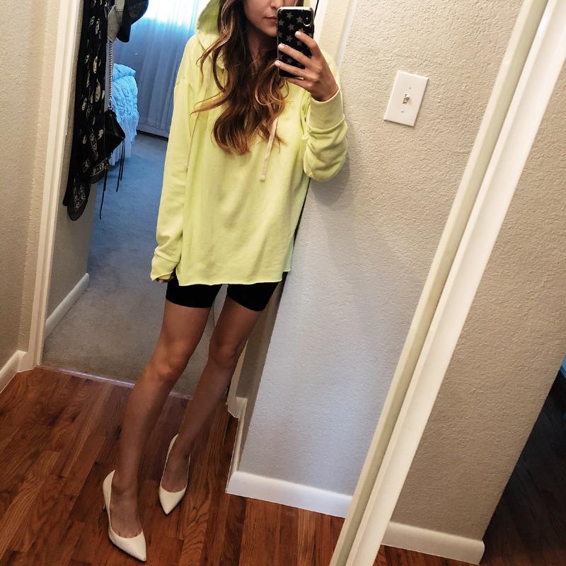 GAP Split-Neck Pullover Hoodie Sweatshirt in Neon Green