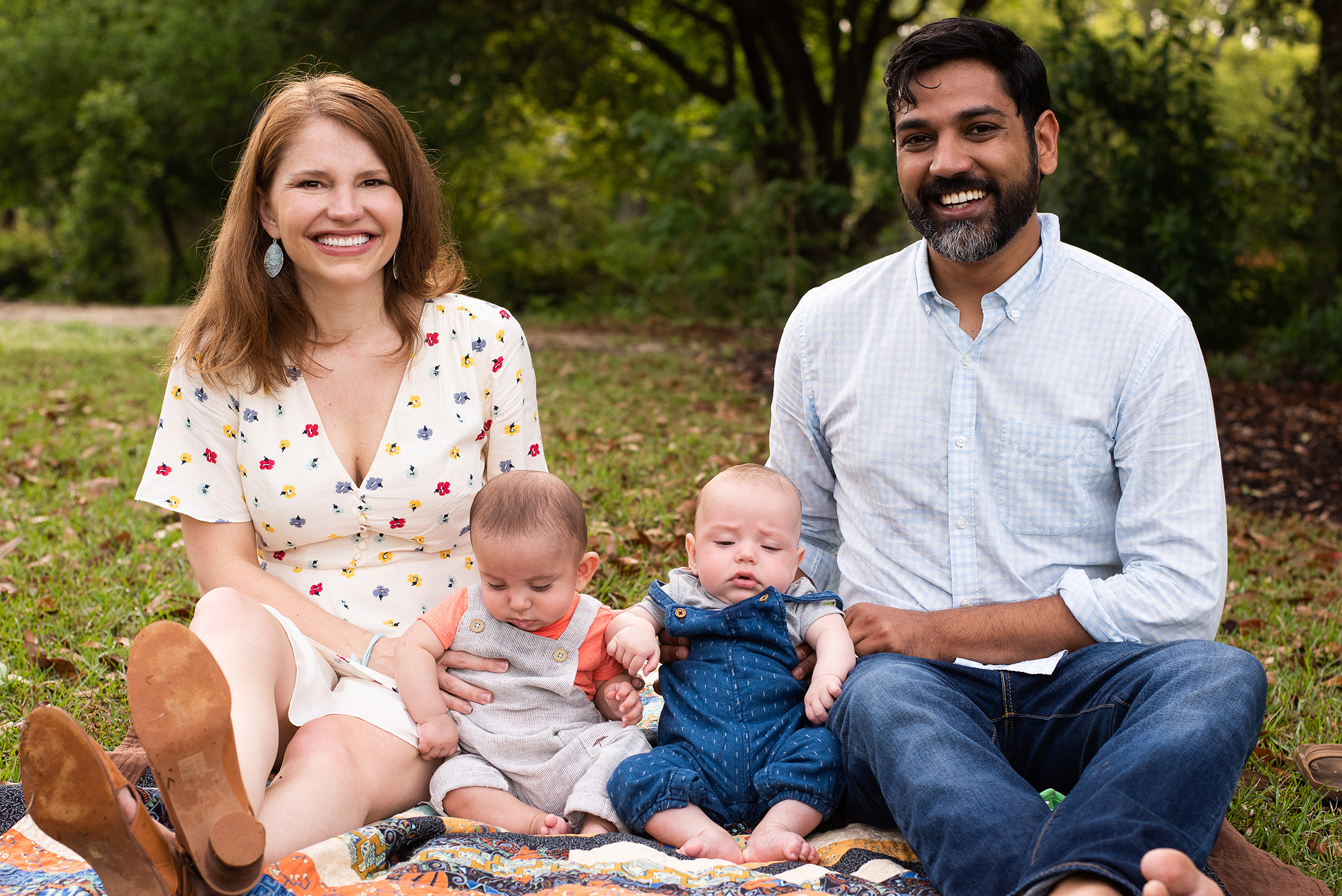 Family portrait in Hampton Park by Reese Moore Photography
