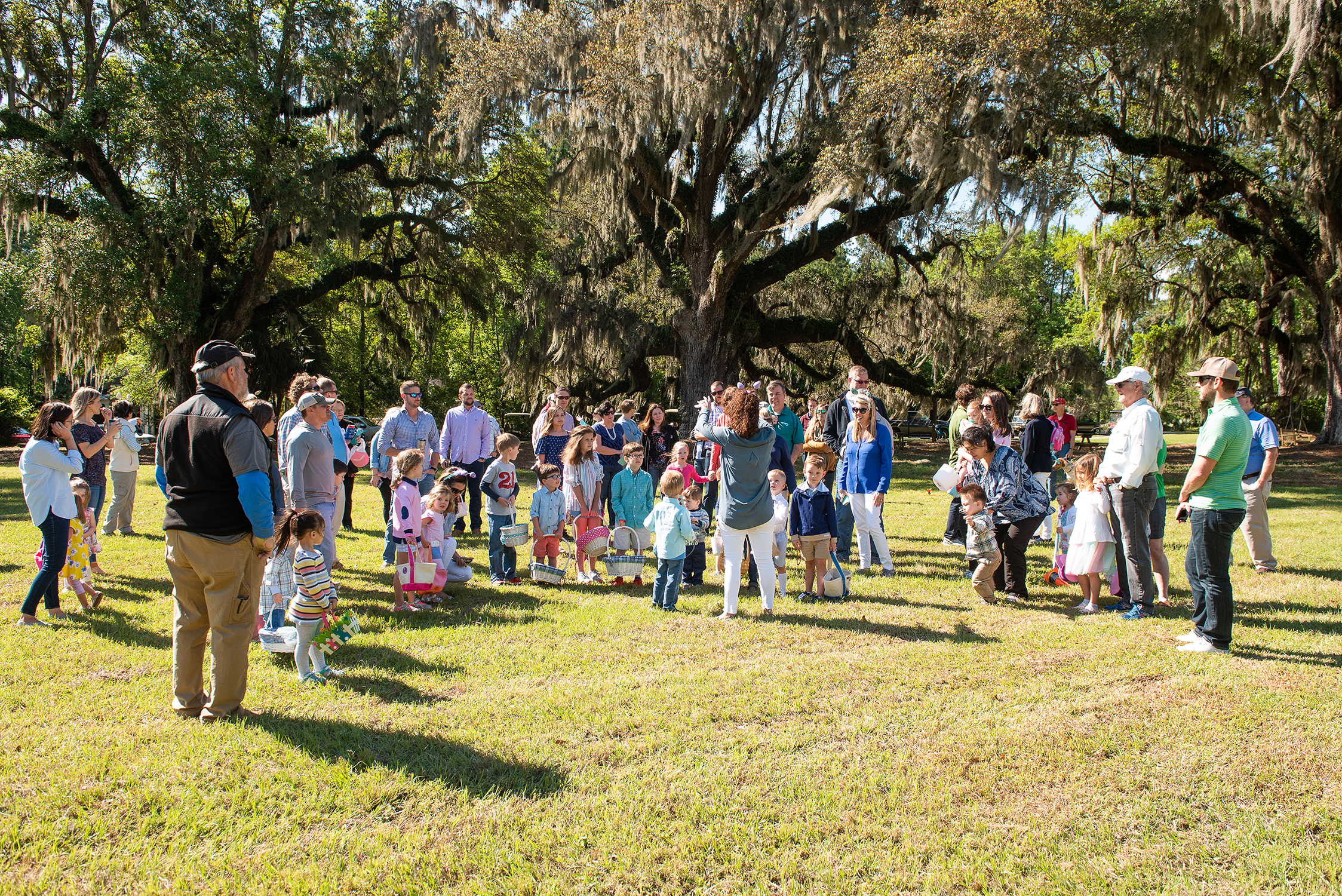 Easter Egg Hunt by Charleston Event Photographer Reese Moore Photography