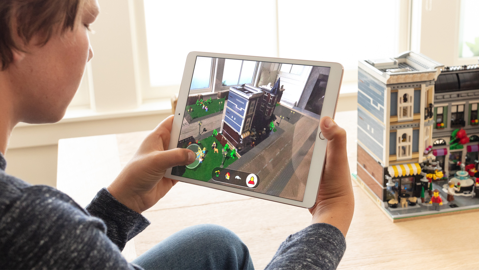 The ARKit apps and animated 3D models they use are built for iOS by Macs.