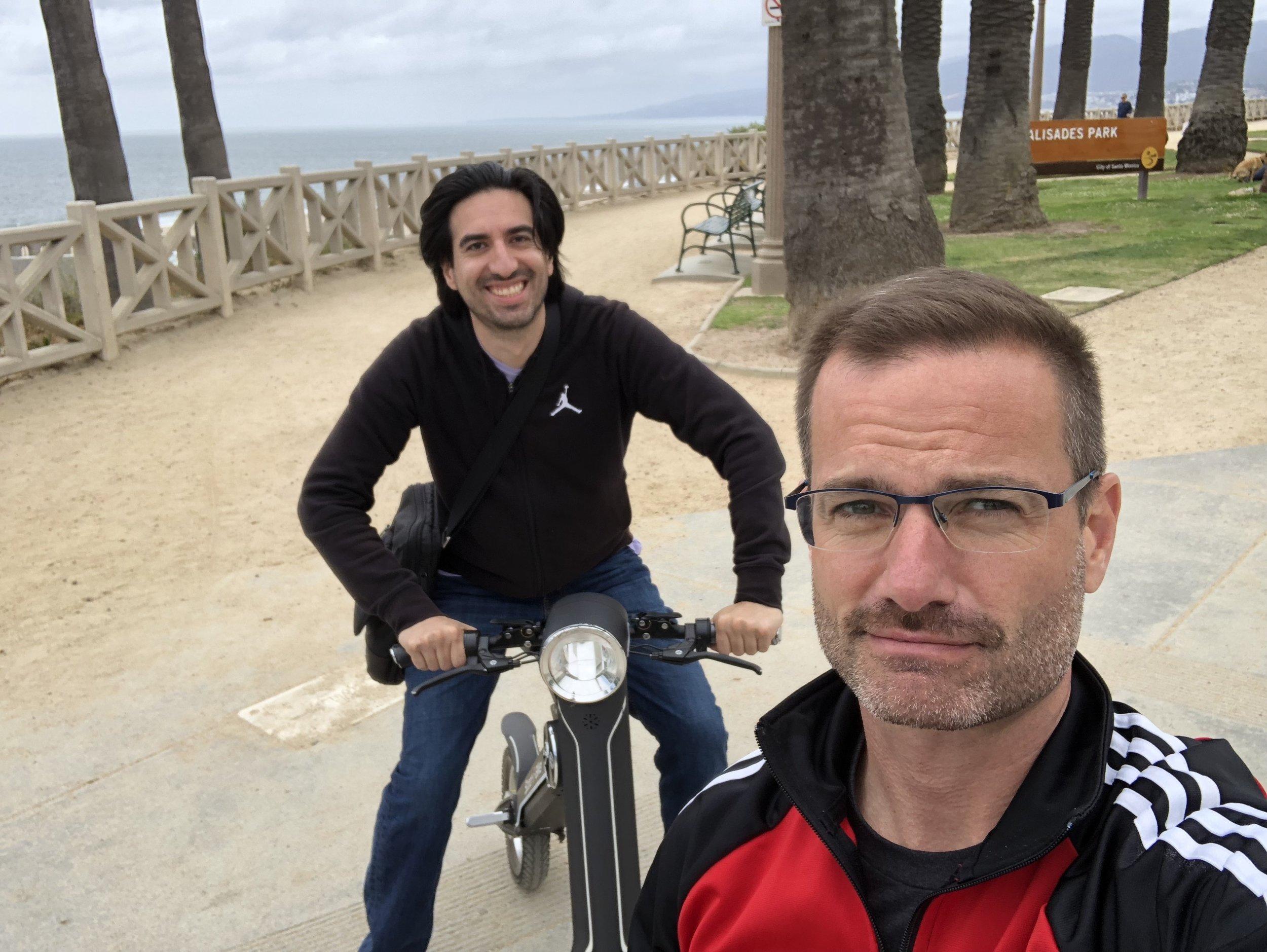 The Technorati had me try out a Scoot-E-Bike up the California Coast.