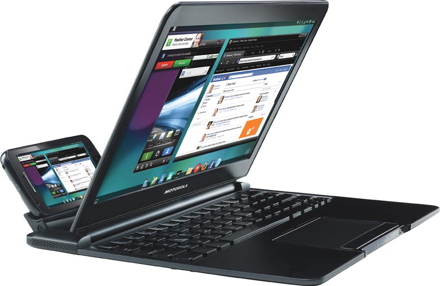 Motorola Atrix 4G, docked to display a Linux desktop