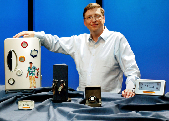 16 years ago, Bill Gates tried to move into selling watches and mobile displays but couldn't. Microsoft still can't, even as Apple does.