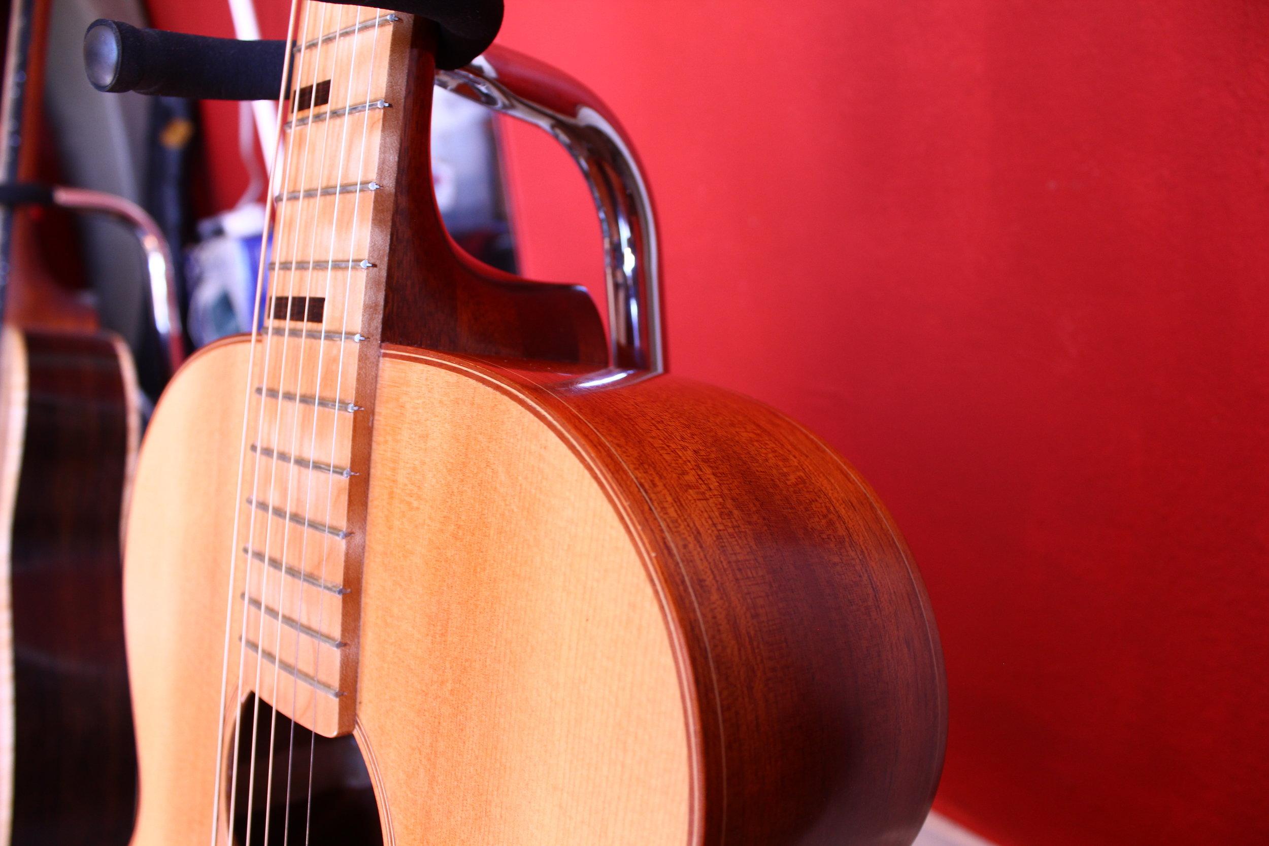 RB-000 jumbo acoustic