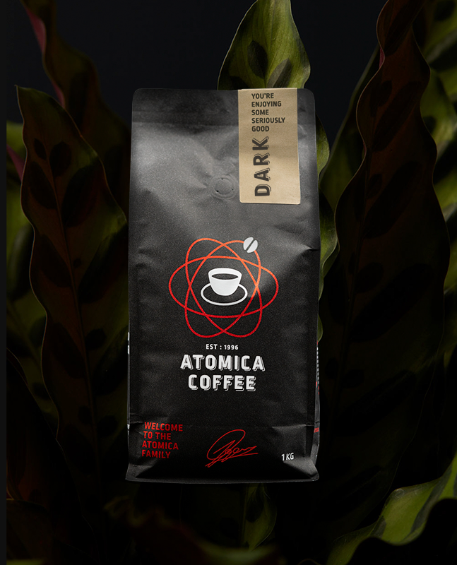 Atomica Dark - Our signature blend features exceptional, high-grown Arabica coffees from south and central South America. As an espresso, it offers subtle marmalade notes that give way to flavours of roasted hazelnut, nougat and dark cherry.A full bodied yet balanced cup with a sweet, dark cocoa finish. Adding milk will pronounce the hazelnut and add flavours of honey, through to a dark chocolate finish.